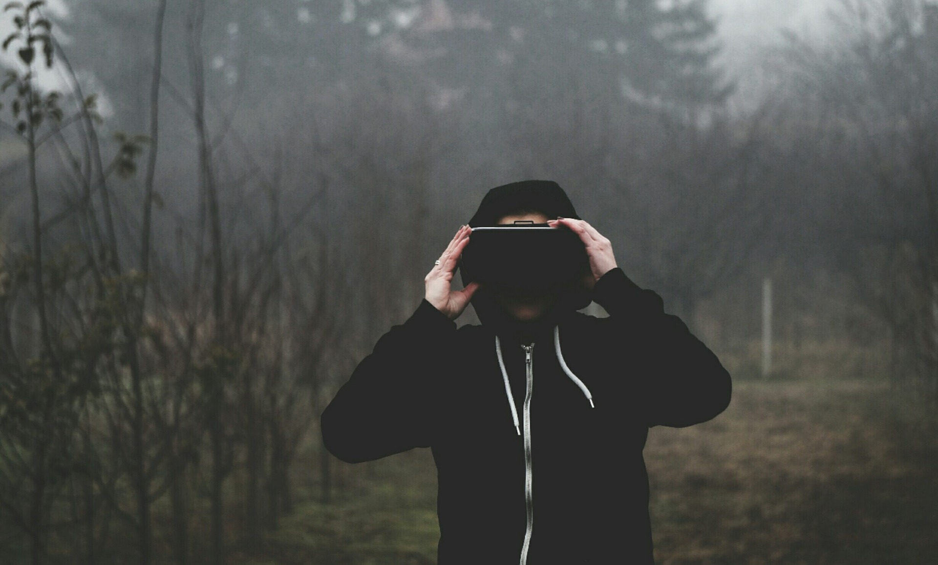 How virtual reality will shape ecommerce in the next 10 years